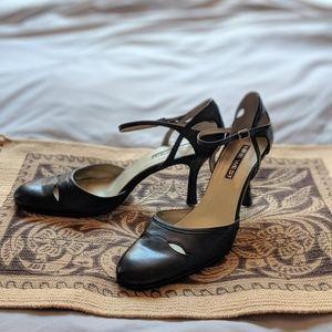 🖤 Nine West Vintage black leather pumps 🖤